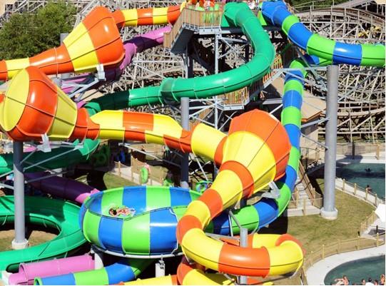 欢乐水屋 儿童竞速滑道 疯狂海啸 漩涡巨碗 蛇形滑道
